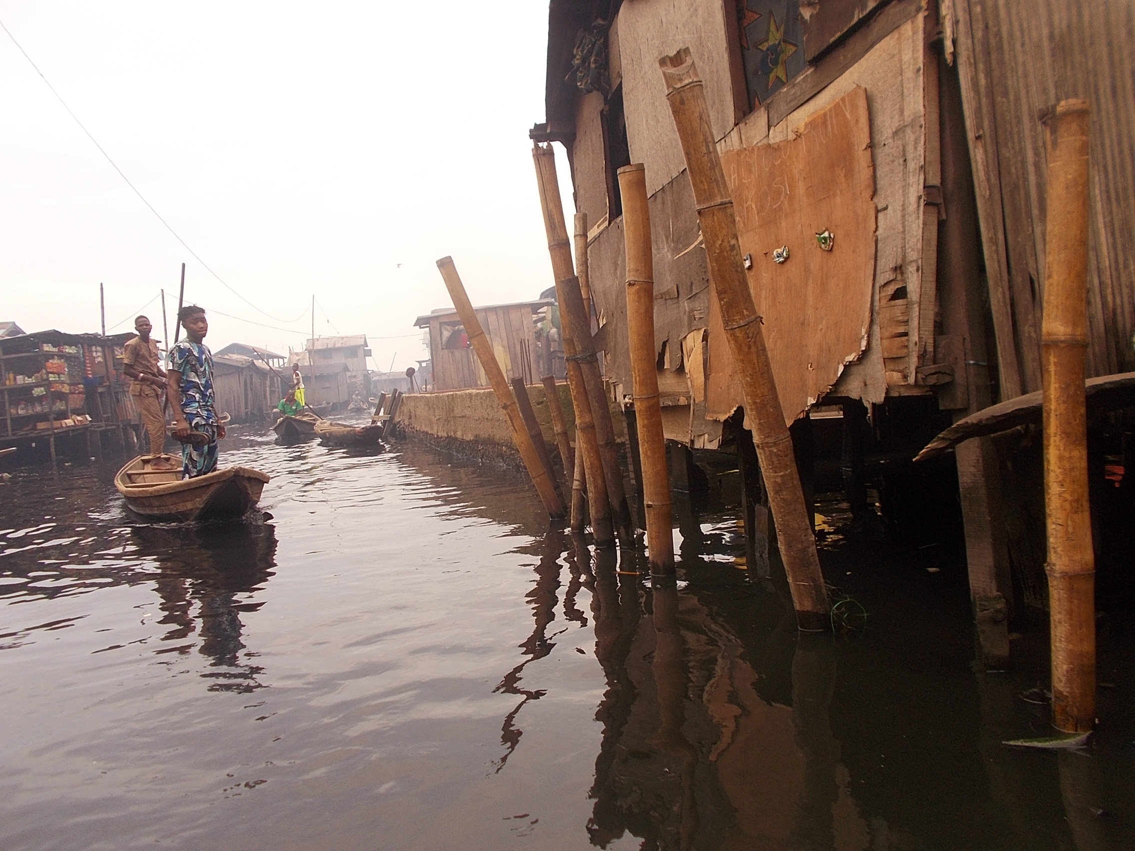 Photo of Like Martin Luther King Jr., Emmanuel Agunze, Unapologetically Shares His Dream for MAKOKO—the slum community which the famous Third Mainland Bridge (Lagos) Oversees
