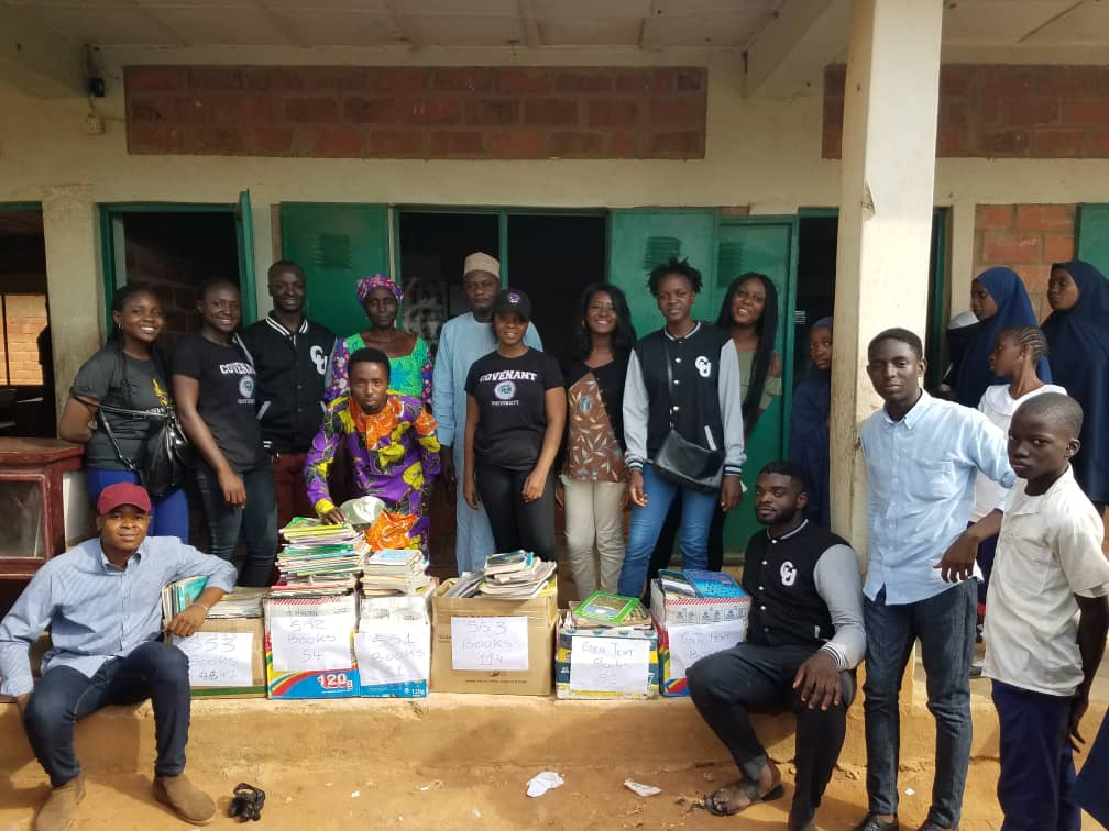 Photo of HOW The 13th Set of Covenant University Raised Over 3 Million Naira Worth Of Books To Promote Quality Education In Rural Parts Of Nigeria | #The13thSet